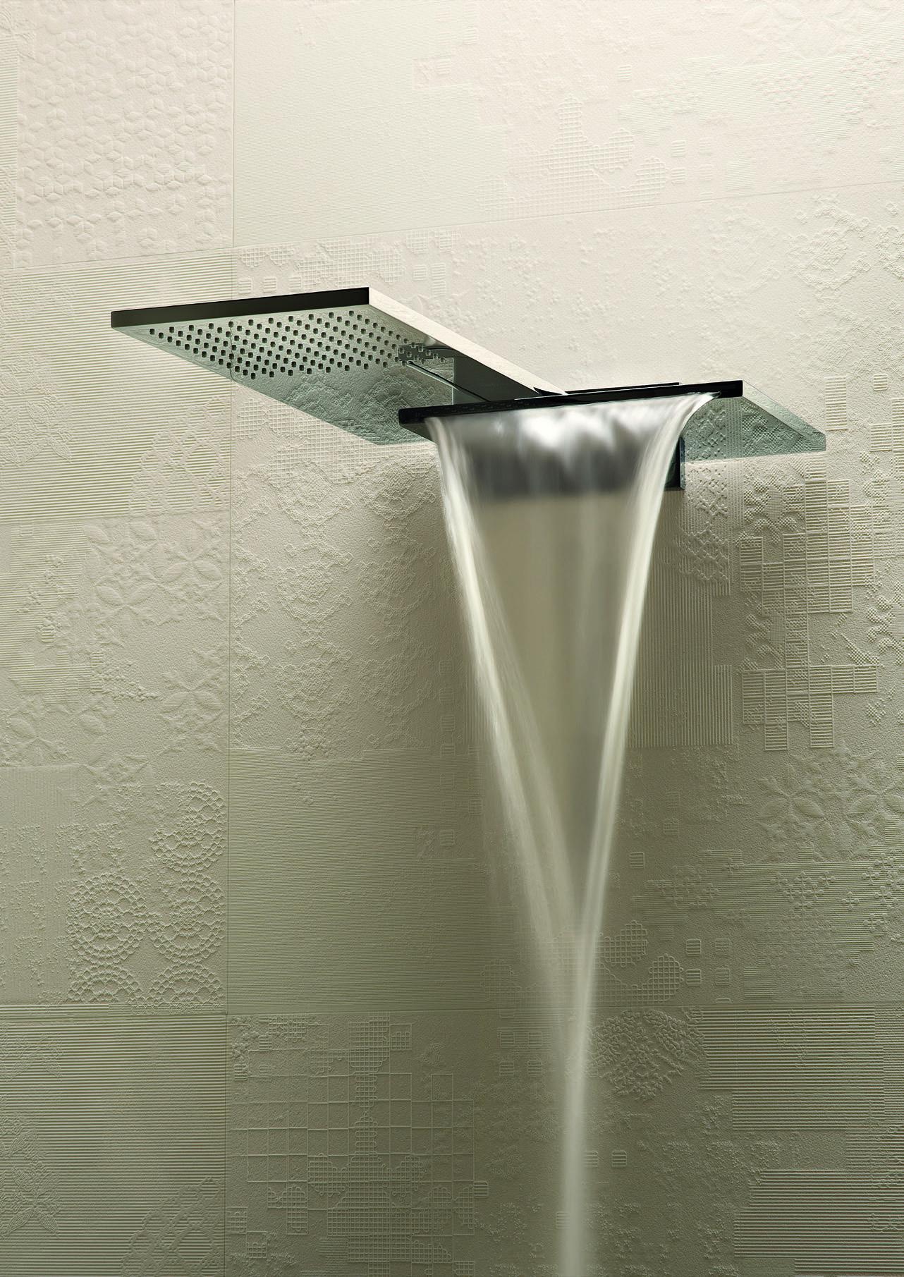 Regen douche met waterval douche kop